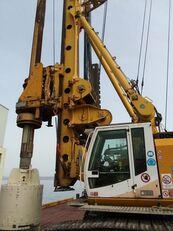 BAUER BG28V drilling rig
