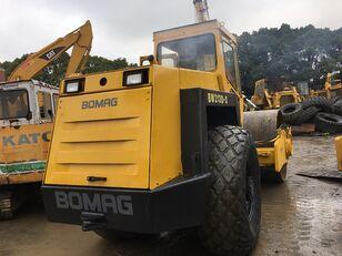 BOMAG BW213D2 road roller