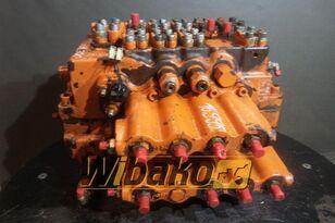 HITACHI 21000-00235 (M/9) hydraulic distributor for FIAT-HITACHI FH300 excavator